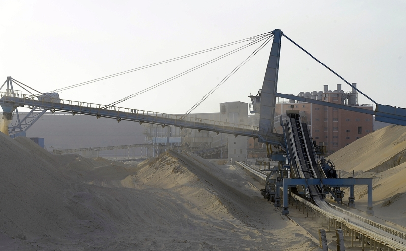 Marruecos invertirá 1600 millones de dólares para desarrollar las minas defosfato